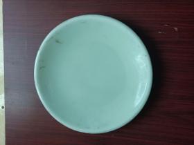 豆青瓷盘,年代不详,详情见图。