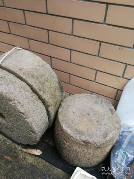 柱礎5只合售,貨在寧波江東,買家負責運費。
