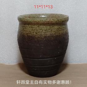 古樸風格 熱愛生活:灰綠釉、彈簧紋的老紫砂小花盆