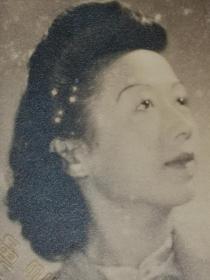 民国气质旗袍美女照片
