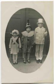 早期 1900-20s 空白明信片/照片 扮演小丑和魔术师的孩子CARD12/1006a