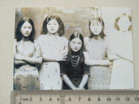 复制的照片,是否是慰安妇,照片背面有富士字样,非本店复制