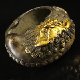 老純銅純手工打造鎏金獅子筆洗 重424克    高6厘米  寬11厘米                  ——10月20日