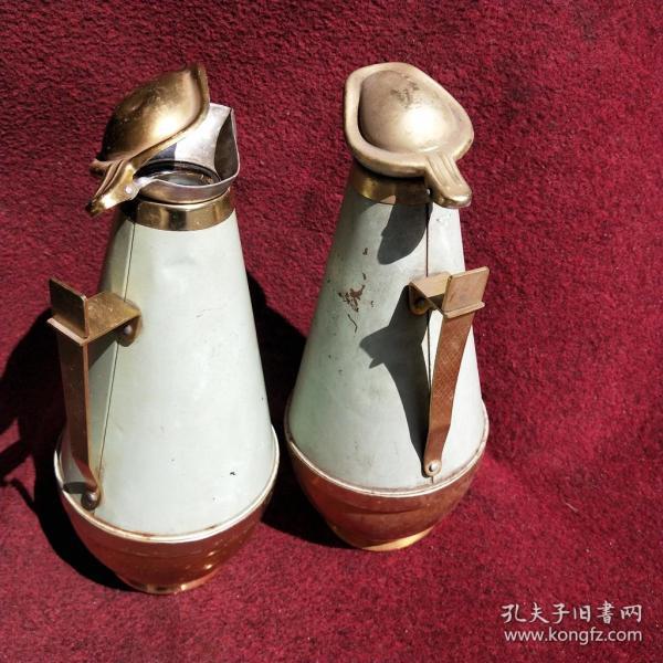 70年代的暖瓶一對暖壺玻璃瓶膽熱水瓶中國制造保溫壺奶茶壺金魚蝦圖案