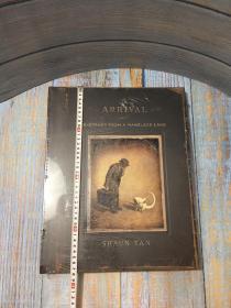 绝版全新塑封 抵岸和无名之地素描集大尺寸特别版盒装收藏版 陈志勇The Arrival & Sketches from a Nameless Land -Shaun Tan- 2010 - Box Set