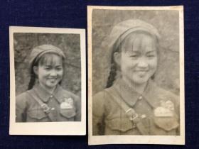 """1954年抗美援朝朝鲜战场上的志愿军女战士老照片二枚带个人签注:""""因为没有拍好,放大了也很不清楚"""""""