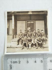 来自侵华日军联队在山西省,山东省,河北省相册,建筑,日军军官,士兵,有第一字样中国字,有女是否是慰安妇