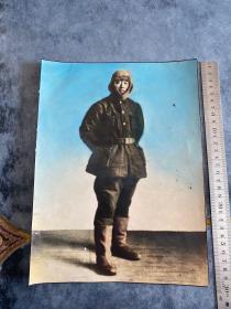 民国时期东北军军人或东北抗联战士戎装手工上色老照片 大尺寸包老包中国军人非常罕见