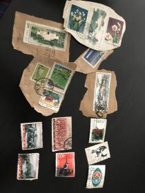 老邮票一堆 老纪特等。第二图四张面好背损 一起便宜出 剪片不错