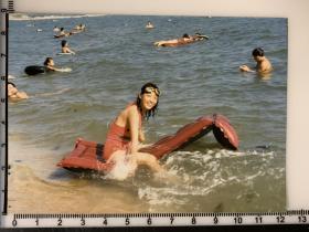 美女老照片 北戴河游泳