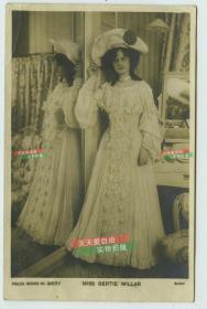1904年女明星歌蒂米勒儿Gertie Millar 银盐照片一张,泛银,背面有明信片格式,于1904年实寄过