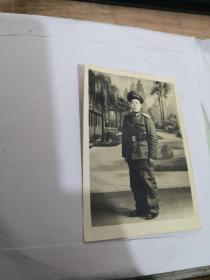 老照片:军装照 实物图 如图     编号 分1号册