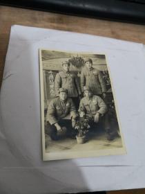 老照片:中国人民解放军  1954元旦合影。实物图 按图发货    编号 分1号册