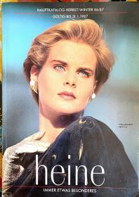 服装广告画册,1987年。