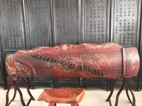 桐木古筝,保存完好品相一流,正常使用,后配架子和榆木鱼凳。
