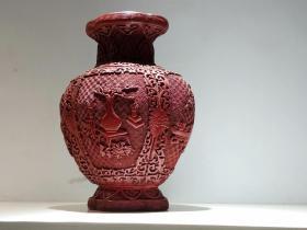 博古圖抱月瓶