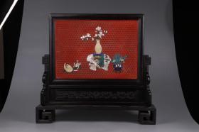 清代:紫檀鑲剔紅錦地菱格紋嵌百寶太平有象插屏