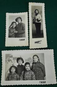 三张美女照片1