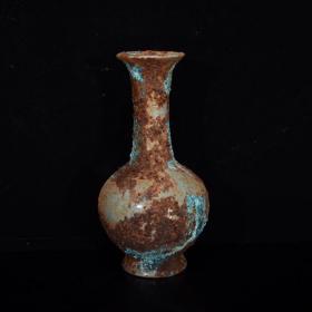 汝瓷铁锈斑瓶