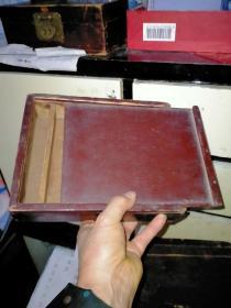 老式小木盒