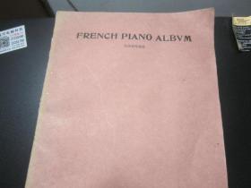 法国钢琴曲选  外文书