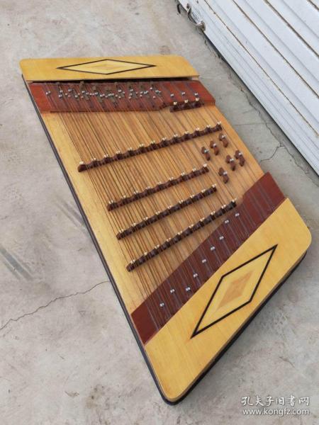 下鄉收到老民俗樂器 揚琴 分體式透雕木質坐 保存完好 正常使用