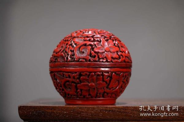 收藏剔紅球形牡丹花漆器首飾盒 直徑10.5厘米