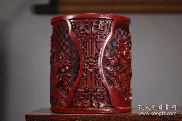 收藏剔紅花鳥漆器筆筒高15.5厘米