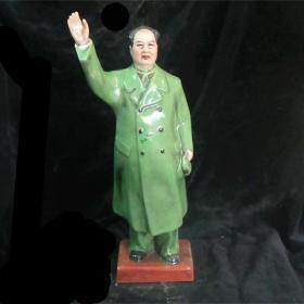 文革瓷红色收藏毛主席人物像雕塑1