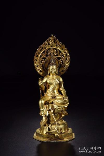 唐代:铜鎏金观音坐像