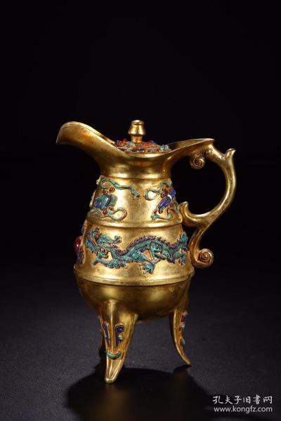 清代:铜鎏金嵌松石玛瑙双龙戏珠三足执杯