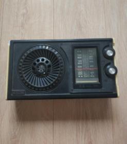 老物件 收音机海燕b411上海101厂生产,老古董适合收场