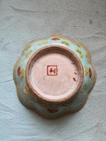手绘粉彩碗一个