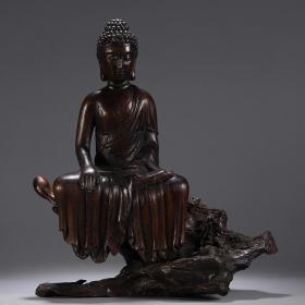 清中期沉香木雕佛造像