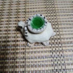 出土老窑,宝石釉长寿龟摆件一件。