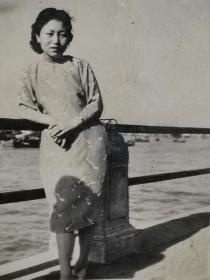 民国上海外滩旗袍美女