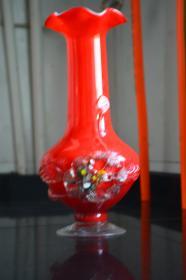 大红琉璃花瓶