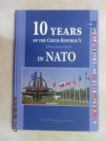 外文书  10YEARS  OF  THE  CZECH  REPUBLICS  硬精装