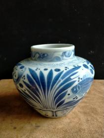 青花鱼藻纹罐子