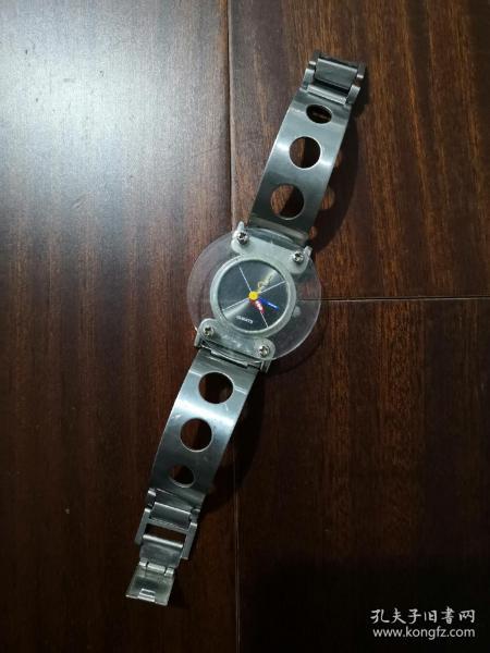 QUARTZ异形指针手表