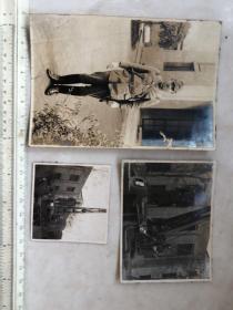 民国抗战时期天津站在履带式吊车上的日本鬼子军官等老照片3张