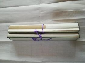 八十年代空白洒金纸对联2,画心110*28厘米,实木轴杆