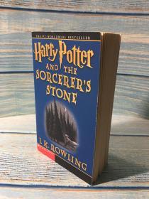 预售绝版哈利波特与魔法石美国大众市场版平装harry potter and the sorcerer's stone market