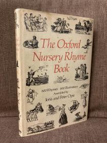 The Oxford Nursery Rhyme Book(《牛津儿童诗选》,Joan Hassall丰富插图,布面精装,带护封,1975年老版书)