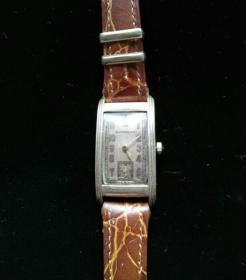 罕见桥型古董表,还能工作瑞士绝版威娜欧含铂金表框