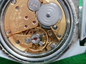 二手英格机械手表