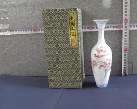 出口创汇期精品:景德镇制手绘薄胎花鸟观音瓶