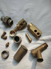 铜配件12个
