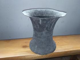 清代民间  纯铜家用容器(外形类似痰盂)