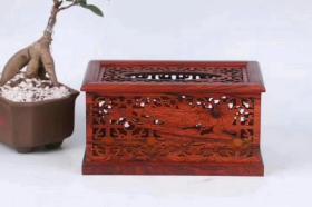 红木,镂空红酸枝纸巾盒,本店商品拍中多件只收一个邮费.,一次购买300元以上包邮